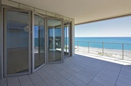 Hawkesbury Commercial Multi-Fold Door